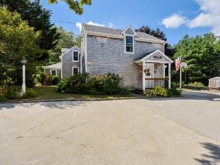 1455 Santuit Newtown Road, Barnstable
