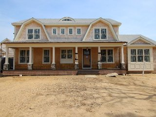 Brand New Katama Luxury Home with Pool and Hot Tub, Edgartown