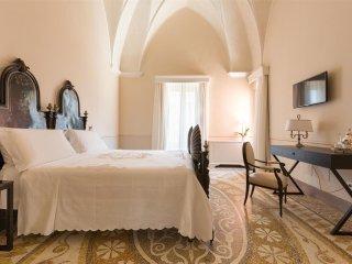 844 Palazzo Fasti - Camera Famigliare