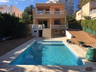 Lovely family house good located, Siesta