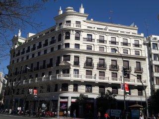 Antonio Acuña Apartament Retiro