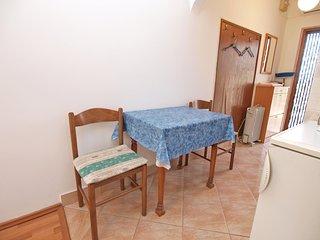 Apartment 5085