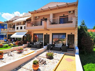 Meltemi Villas, Golden Beach