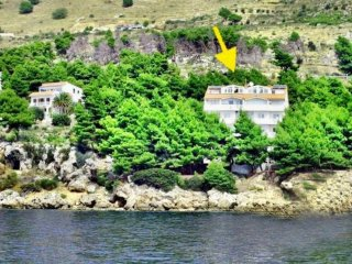 Spacious two bedroom apartment in Stanici near Omiš