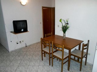 Two bedroom apartment with sea view near Omiš, Omis