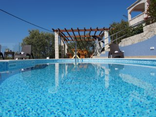 Apartments Separovic - (B2) - Prizba |s. pool, gym,bbq, balcony, sea view