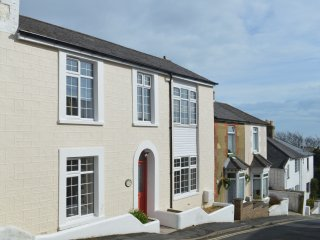 Bentinck - A newly refurbished Victorian Cottage in Ventnor