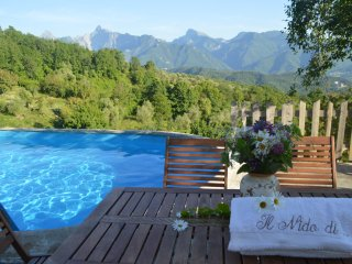 private pool & SPA, wonderful chalets in the unspoiled nature of north Tuscany