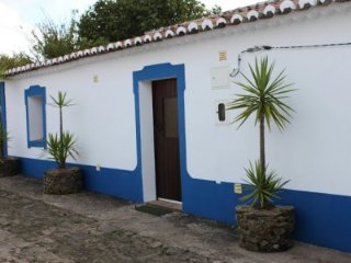 Property located at Beja, Curvatos