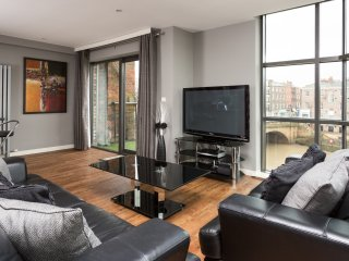 City Apartments - 15 Merchant Exchange, 2 Bedroom Riverside Apartment