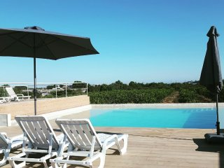 Confortable Villa T1 with barbeque and swimming pool, Faro
