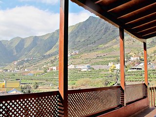 Casa con bonitas vistas al valle de Hermigua