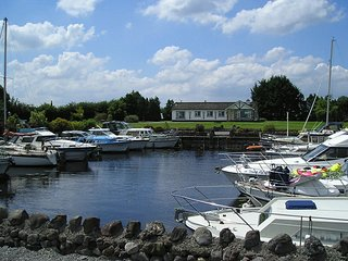 Glasson, Lough Ree, County Westmeath - 3464
