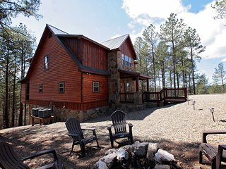 Heaven Sent Cabin -  Brand New Luxury 3 Bd/3 Bth Cabin