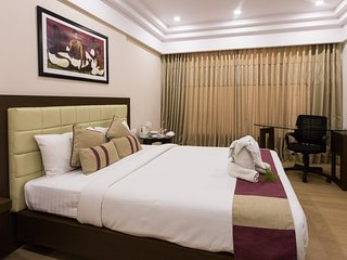 Sherwood Suites Hotel - Deluxe Twin (Whitefield)