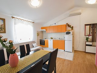 3. Bruna's  apartment with balcon