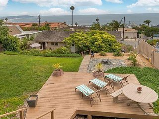 Magical Gem w/OCEAN VIEWS and Hottub, Sleeps 12!!