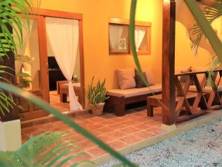 Aguacate |Equipped Flat in Santa Teresa | Wifi + AC | 3' walk to the beach
