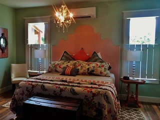 The Pearl Suite at Apalachicola Riverwood Suites