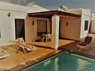LUXURY VILLA PLAYA BLANCA