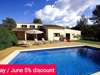 Last minute offer 5% May and June 2017- Comfortable house for 10 people with