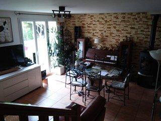 chambre meublée dans un pavion avec un grand jardin à 20 km de paris ., Gometz-le-Chatel