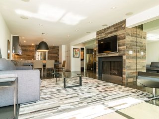 Newly Remodeled 1 Bedroom Brentwood Marvel