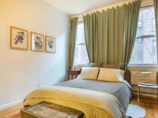 Spacious Studio Plus Apartment in Chelsea