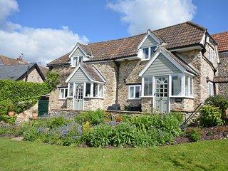 49727 Cottage in Lyme Regis, Kilmington