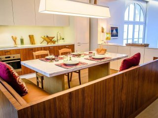 Spacious Luxembourg-Pantheon apartment in 05eme - Quartier Latin with WiFi.