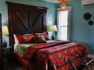 The Sunset Suite at the Apalachicola Riverwood Suites