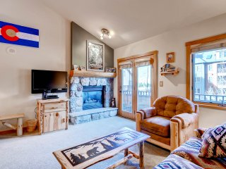 Spacious, Renovated, Walk to the Slopes! Kids Ski Free!!! ~ RA140653, Keystone