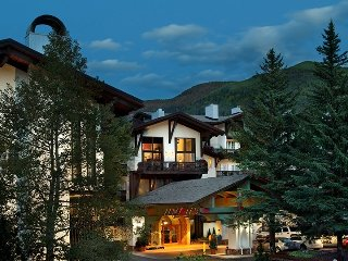3Br Residence w/ Cozy Fire Place - Lodge at Vail Amenities!
