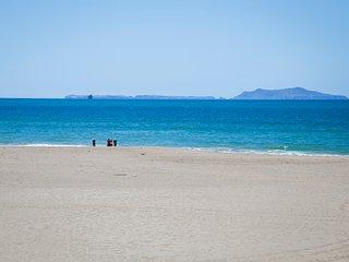 3845 O VRBO# - Miracle House on the Beach! ~ RA147907