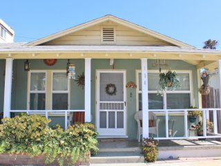 136 V- 636070 Silverstrand Beach Cottage ~ RA147918