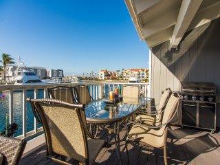 4431GB - 636101 Mandalay Bay Boat Dock & Views Home