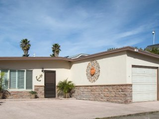 1065 B - 677804 Cozy Beach Bungalow ~ RA147931, Ventura