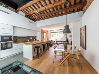Casa Cerdr holiday vacation villa house rental spain, barcelona, gracia