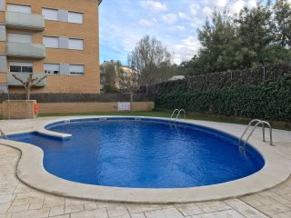COZY POOL APARTMENT in TOSSA