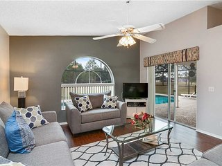 Newly upgraded 3 Bedroom 2 Bath Pool home Less than 5 miles to Disney (3058)