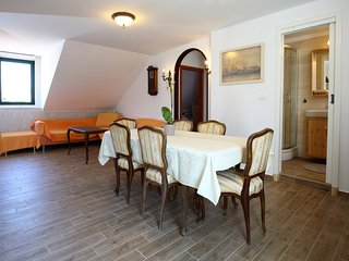 Venus Apartments-Grand center lodge