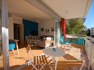 TERRACE APARTMENT NEAR BEACH in TOSSA DE MAR