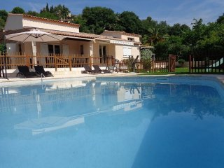 House with 4 rooms in La Gaude, with private pool and furnished terrace