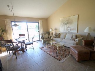 Unit 07-09 Lake views and plenty of room for the whole family!, Palm Desert