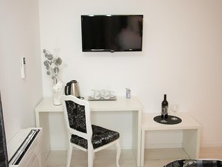 Villa Downtown Mostar Black Apartment
