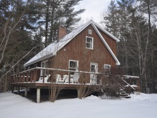 Cozy ski cabin; Ready for 2017/18 Ski Lease; Waitsfield, VT; Close to Sugarbush!