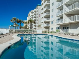May 13-17 Open! Ocean Front Condo, 6th Flr, Sleeps 6, Wi-Fi*Pools*Tennis*Fitness