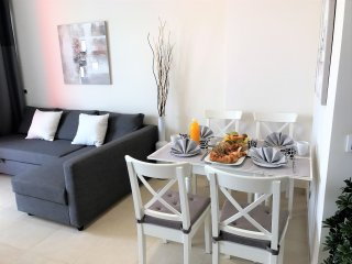 LUXURY APARTMENT CLOSE TO THE BEACH WITH TERRACE