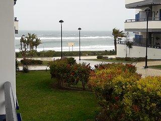 apartamento primera linea de playa real   ,playa 10metros  cerca de nerja .bonit, Torrox
