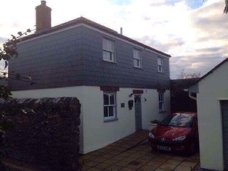 Detached 2 double bedroomed cottage, St Columb Major